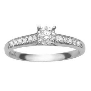 Diamond ring with grain set side diamonds r83244